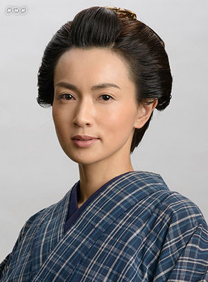 かつら姿の長谷川京子